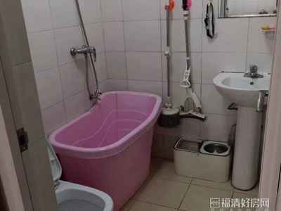 阳光锦城房东诚心出售,带装修楼层低。价格好说,便宜