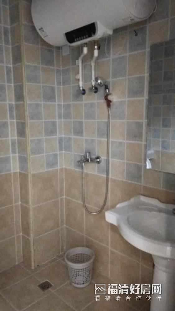 出租金辉华府3室2厅1卫120平米3000元/月住宅