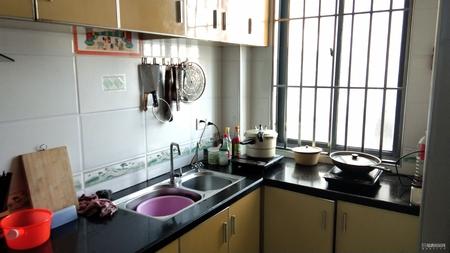 福清西区凯旋城向三采光居家四房仅售8200每平