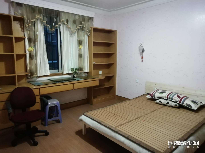 向高街中层3室2厅2卫143平米2300元/月住宅