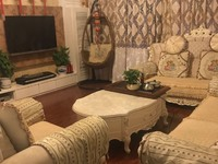 出售锦绣家园4室2厅2卫145平米175万住宅