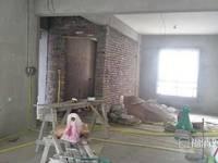 出售锦绣御珑湾3室2厅2卫133.9平米135万住宅