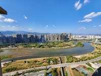 中联名城一线江景房仅售207万