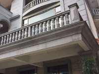 出售锦绣御珑湾9室3厅9卫200平米380万住宅