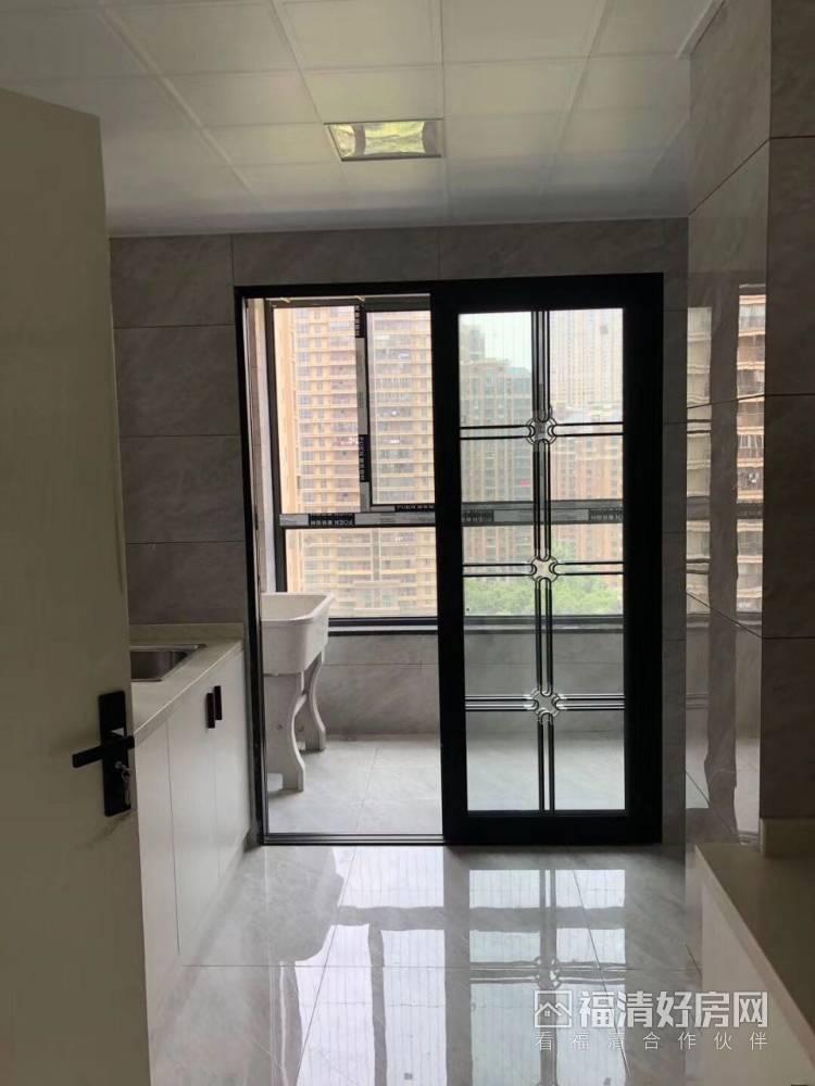 出租中联城3室2厅3卫150平米3600元/月住宅