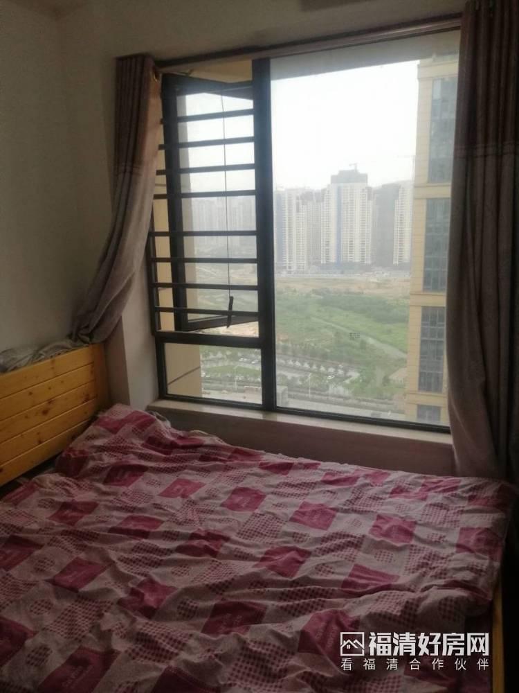 出租中联城3室2厅1卫90平米2600元/月住宅
