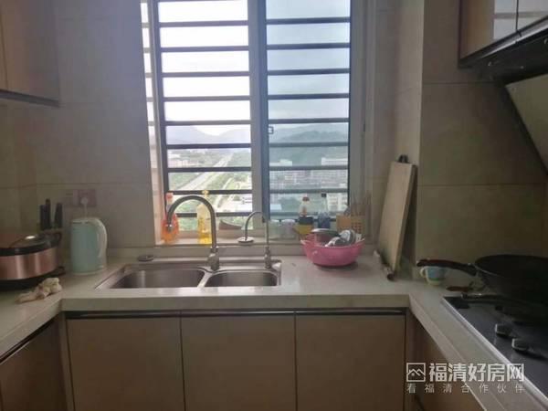 出售锦绣御珑湾4室2厅2卫124平米149万住宅