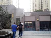 千亿国际平台金辉城市广场东大门 万达商圈,喜来登酒店旁 右边第一间,第二间商铺