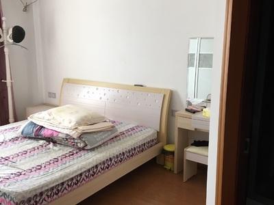出租诚丰世纪园3室2厅2卫149平米3300元/月住宅