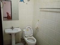 出租向高街3室2厅1卫119平米1500元/月住宅
